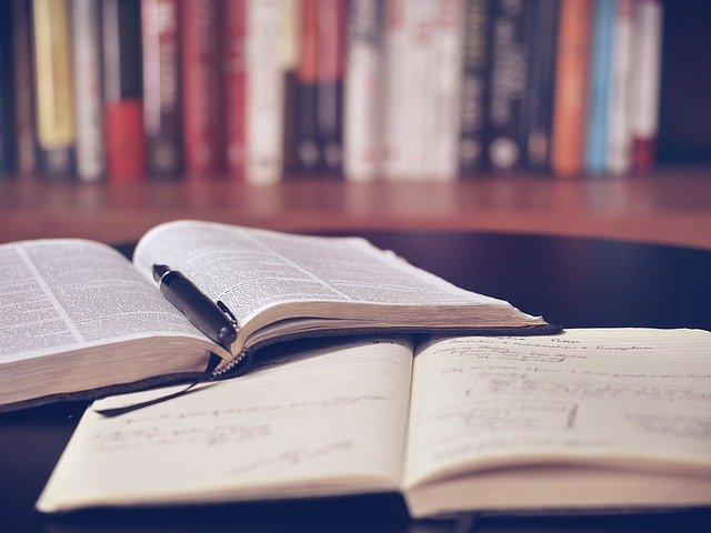 Primary and Secondary Sources: Differences